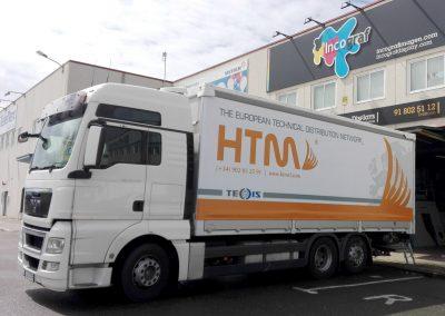 camion-con-lona-publicitaria