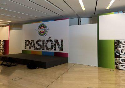 Decoración, paneles y carteles para evento Pasión portfolios