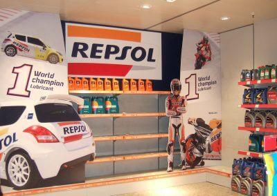 Stand y expositores para lubricantes Repsol