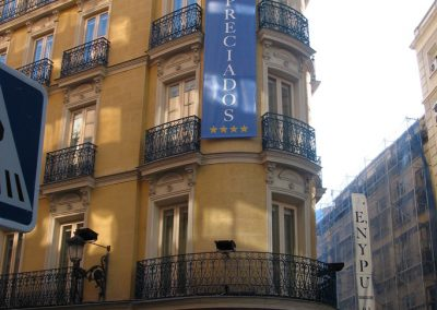 lona-hotel-preciados