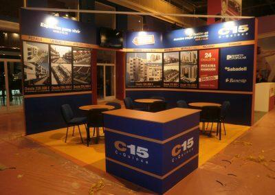 Montaje de stand promocional para C15
