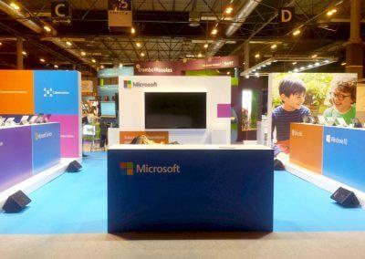 Montaje de stand en feria para Microsoft