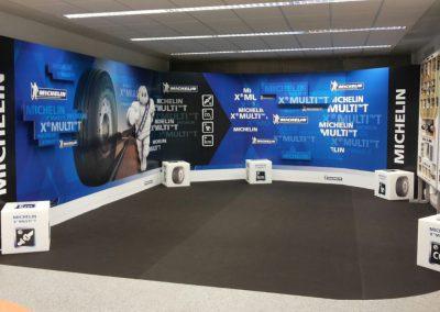 Stand publicitario para evento de Michelin