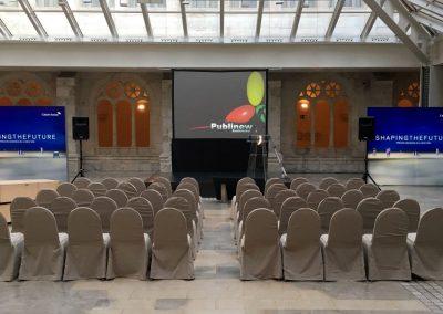 Decoración y montaje de stand para evento publicitario  de Shaping the future